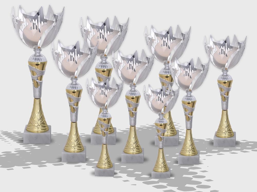 - Pokale CHAMPION STAR in 9 verschiedenen Größen ab 32cm